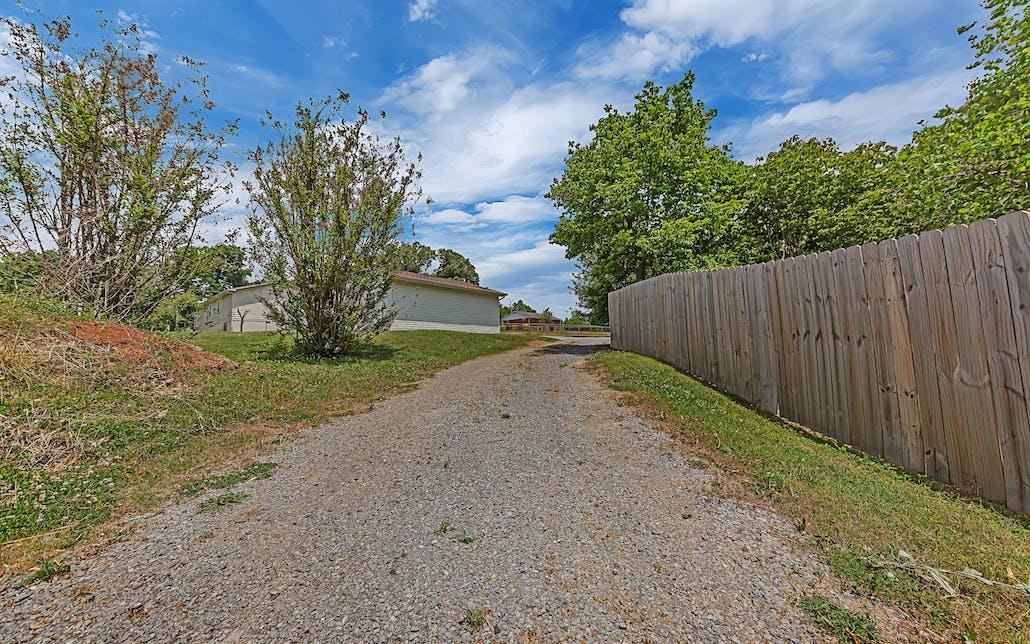 15529 Highway 11 E, Lenoir City, TN 37772 - Photo 11